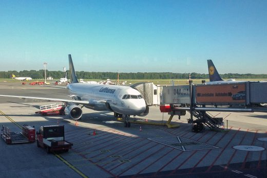 Lufthansa-Maschine am Hamburg Airport
