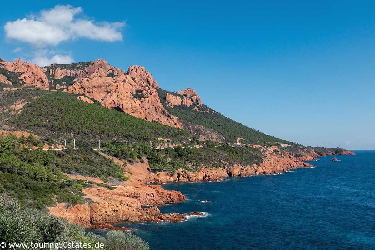 Auf der D 559 am Mittelmeer entlang in Richtung Cannes