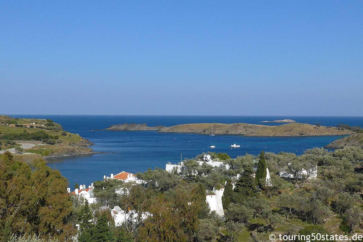 Blick über die Bucht von Portlligat - Dalís Ort der Inspiration und des Schaffens