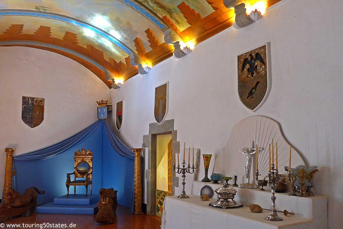 Das Interieur im Schloss - Dalís Handschrift ist unverkennbar