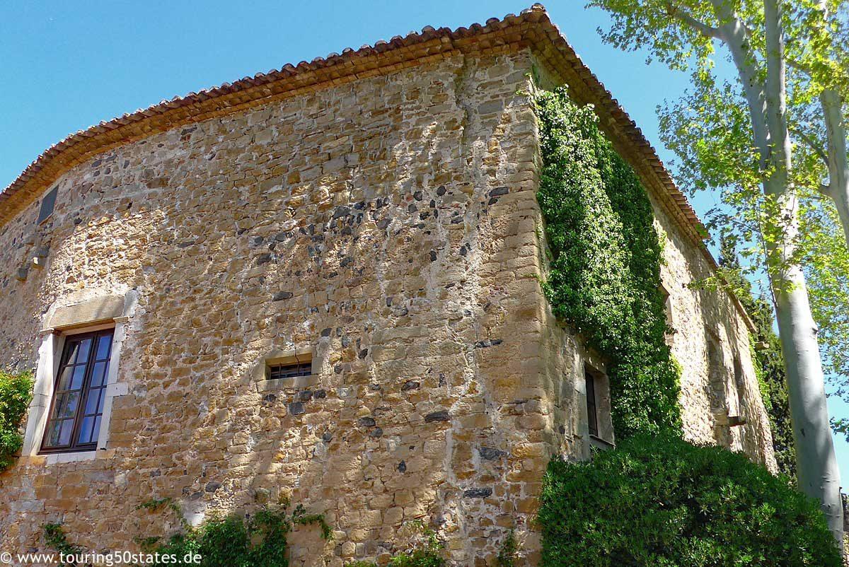 Das Castell de Púbol - Sommeresidenz der Ehefrau von Dalí