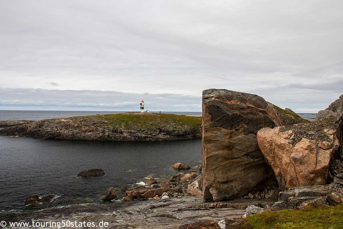 Bukkekjerka - ein alter samischer Opferplatz an der See