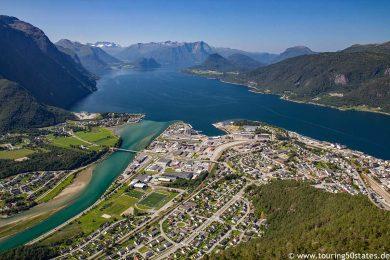 Blick über den Romsdalsfjord